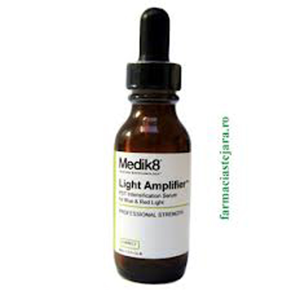 Medik8 Correct Light Amplifier -Ser luminozitate